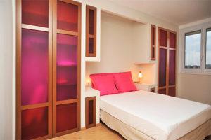 Mobilier sur-mesure d'un chambre à coucher